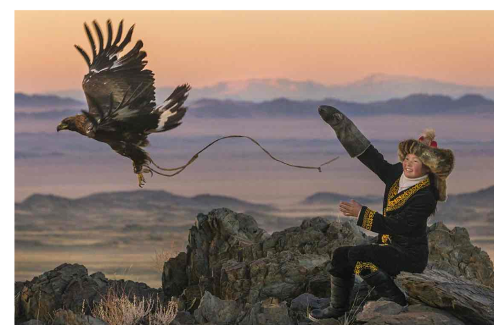 the-eagle-huntress