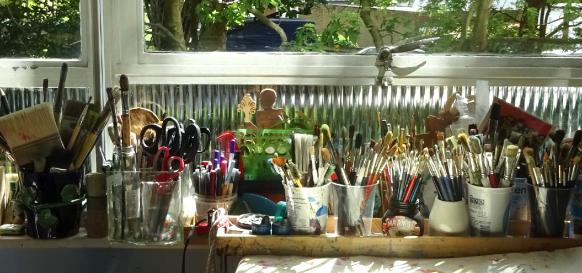 windowsill brushes 3